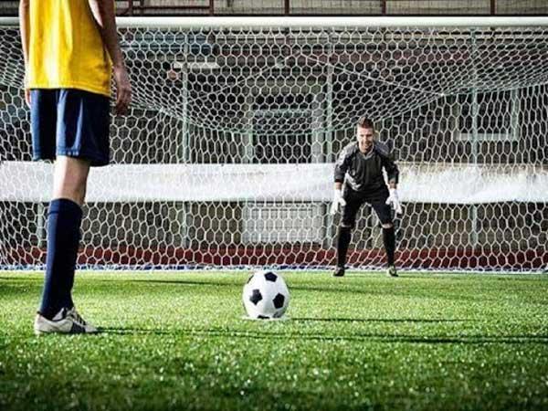 Cầu thủ được thực hiện sút Penalty phải được trọng tài xác nhận
