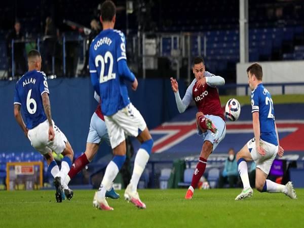 Phân tích kèo Châu Á Aston Villa vs Everton (00h00  ngày 14/5)