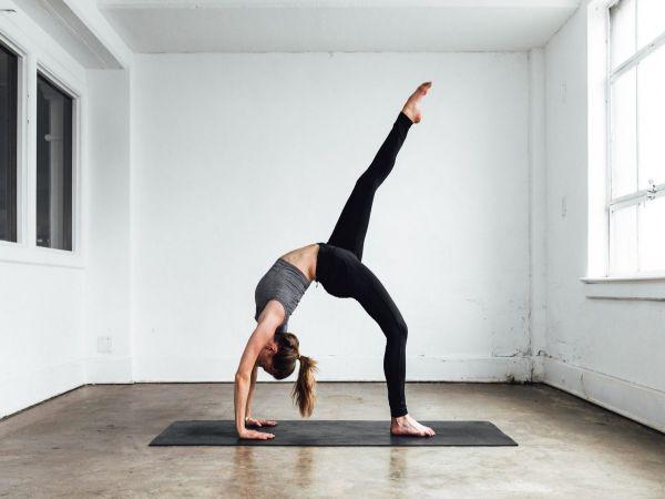 4 điều cần biết khi bắt đầu luyện tập Yoga cơ bản tại nhà